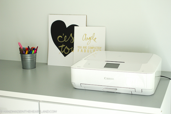 This canon pixma printer is a great home printer for photos