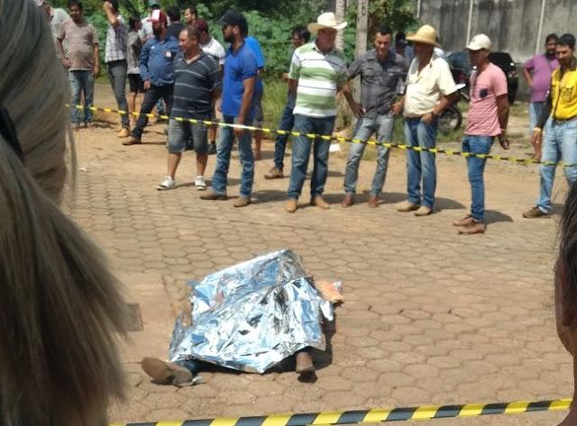 Homem acaba de ser executado a bala próximo ao Posto Dom Bosco
