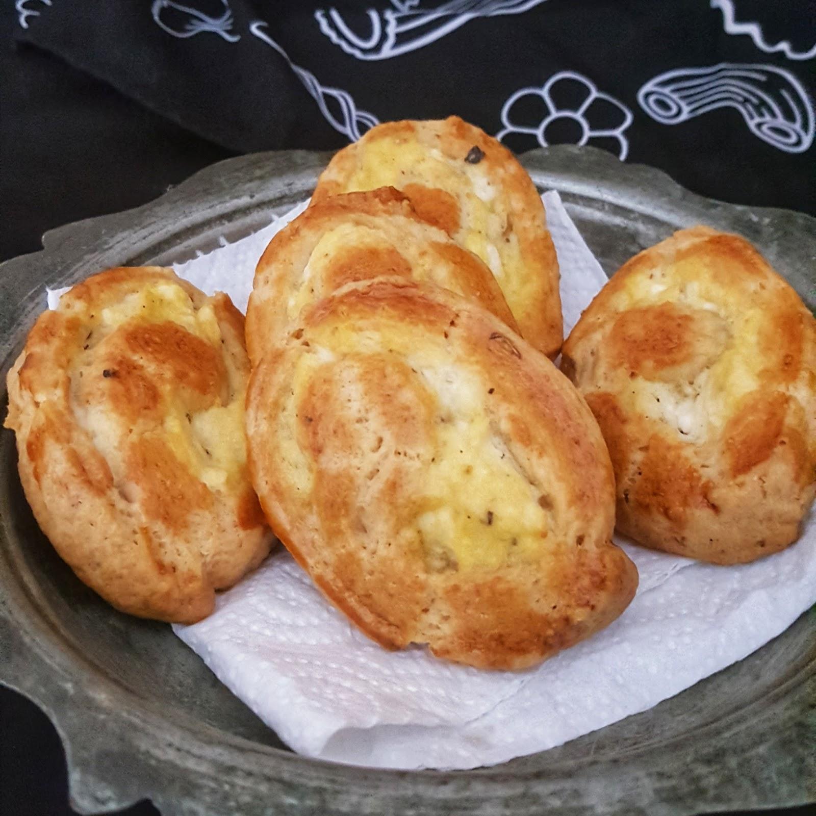 Çiftlik Usulü Ispanaklı Ekmek Tarifi