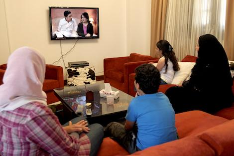 دراسة تكشف استياء الجمهور والمِهنيّين من أداء التلفزيون العمومي