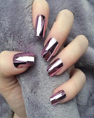 Estilo de uñas espejo elegantes cortas