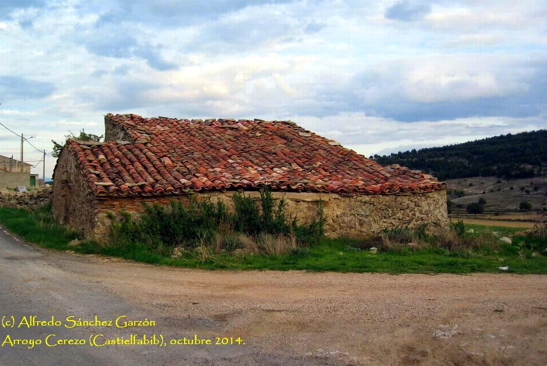 arroyo-cerezo-castielfabib-construcción-tradicional
