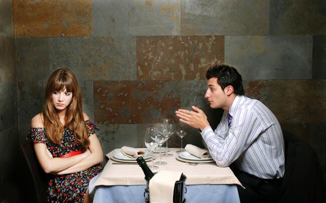 Inilah 10 Tanda bahwa Kencan Pertama Kamu Gagal
