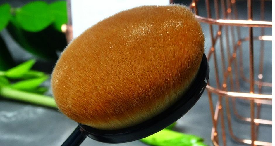 szczotki do makijażu BRUSH FACTORY / ECONTOUR