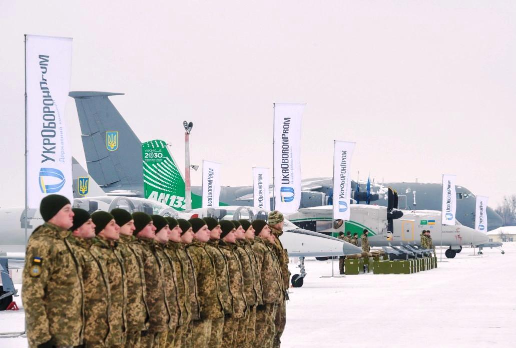 ЗСУ отримали літаки, гелікоптери та безпілотники