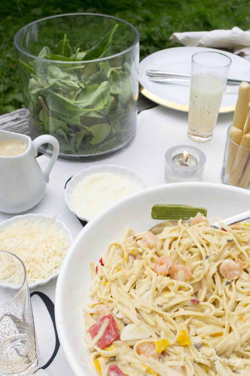 How To Throw  A End Of Summer Party In Less Than Two Hours; pasta