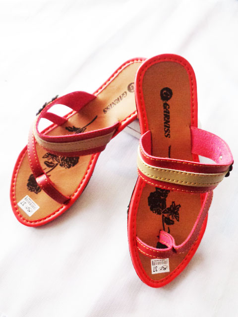 sandal Garniss wanita murah