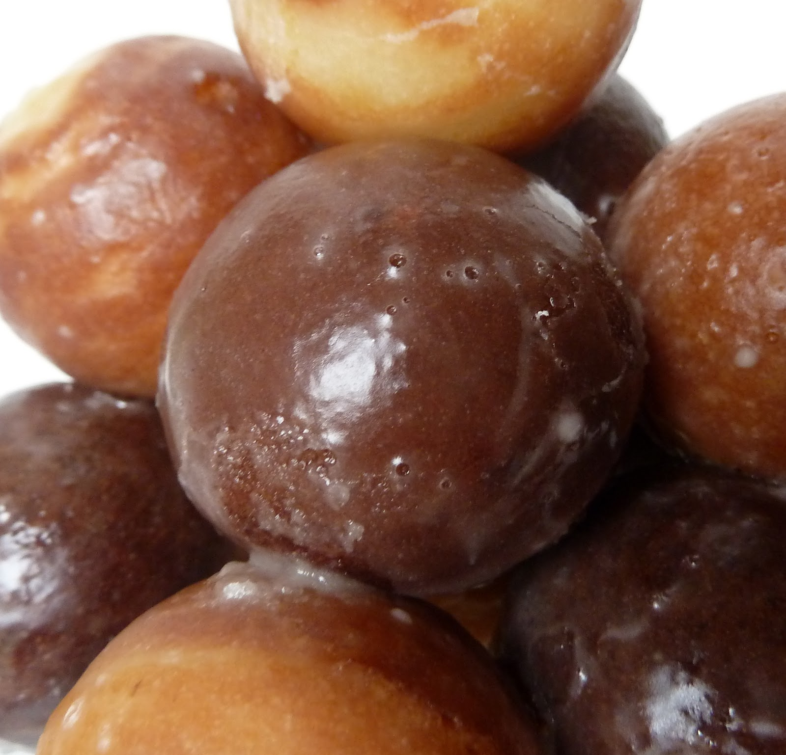 Make Donut Holes From Cake Mix