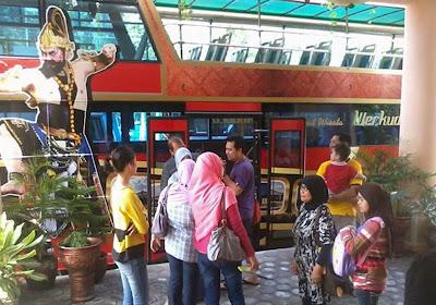 keliling-solo-bus-tingkat