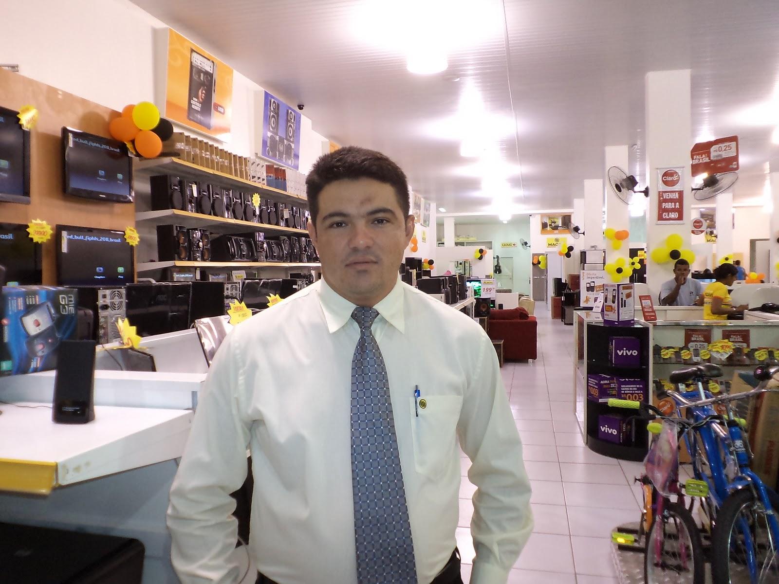 Resultado de imagem para gerente de loja
