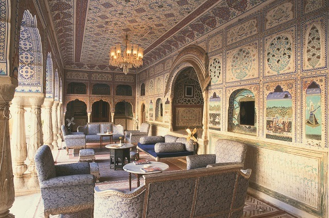 Exquisite hand painted gallery and ceilings of Sultan Mahal, Samode Palace