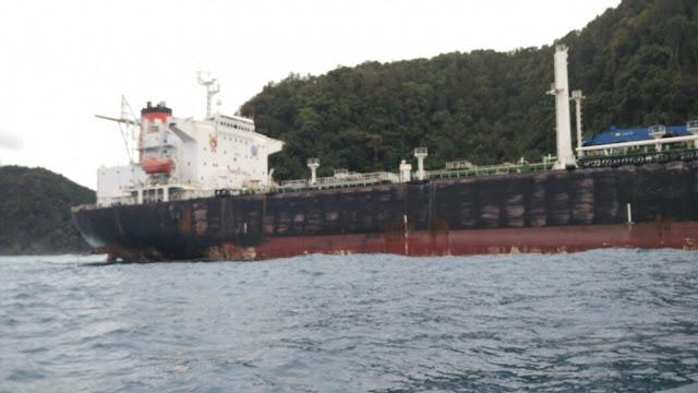 Kapal Misterius Berbendera Amerika Terdampar di Pulau Tambelan