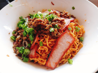 'Red' Kolo Mee, where the colours are from Char Siew sauce