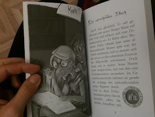 im Buch hat es viele Illustrationen
