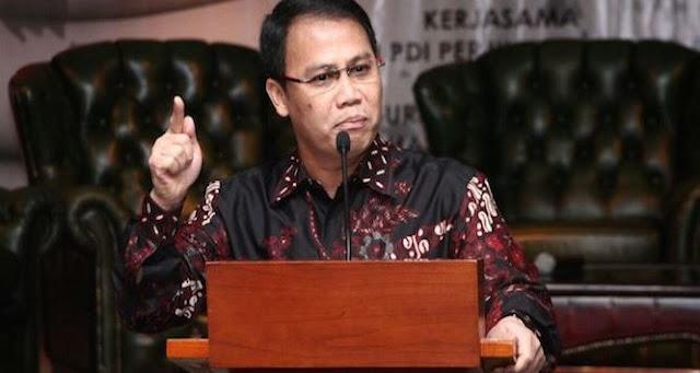 "Ratusan Pengacara Pembela PDIP Hadang Pro Soeharto, ""Guru Korupsi Sesuai Fakta"""