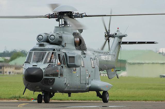 Gambar 53. Foto Helikopter Angkut Militer Eurocopter AS332 Super Puma