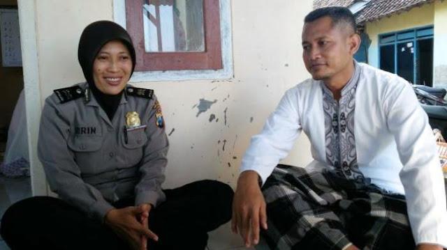 Batalkan Umroh, Pasangan Polisi Ini Lebih Pilih Bangun Mushola Dan Ajarkan Anak-Anak Mengaji