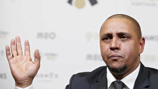 Roberto Carlos bị phạt tù 3 tháng