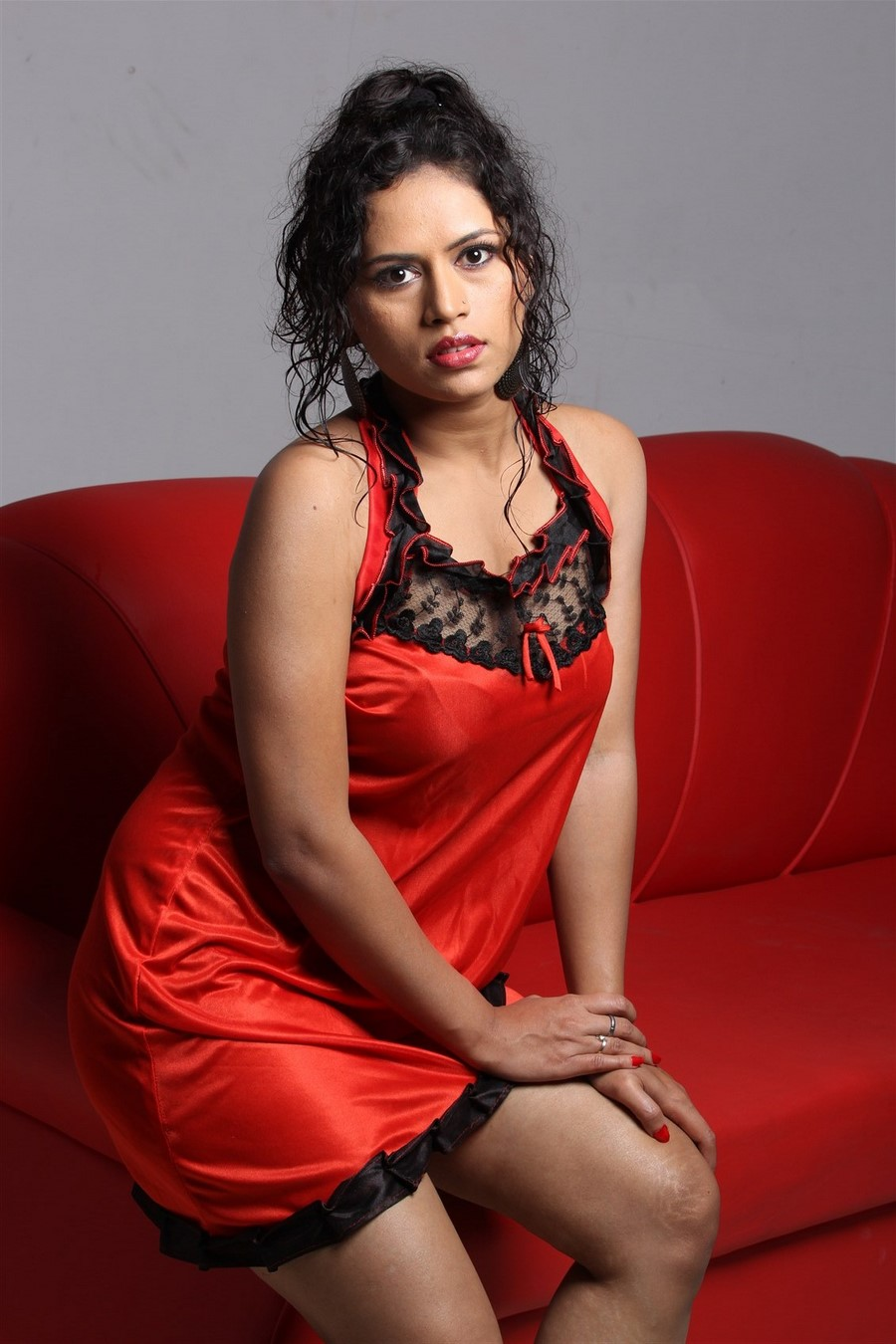 Actress Maya Chandran 2016 Sexy Photoshoot - Shiner Photos-7282