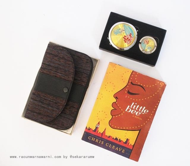 Koleksi Buku Racun Warna Warni