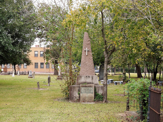 Lt. Dick Dowling burial site - Houston East End Historic Cemetery