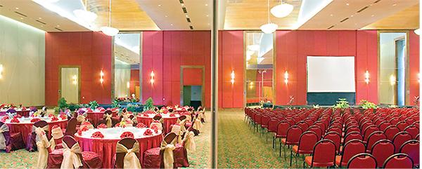 lounge novotel palembang
