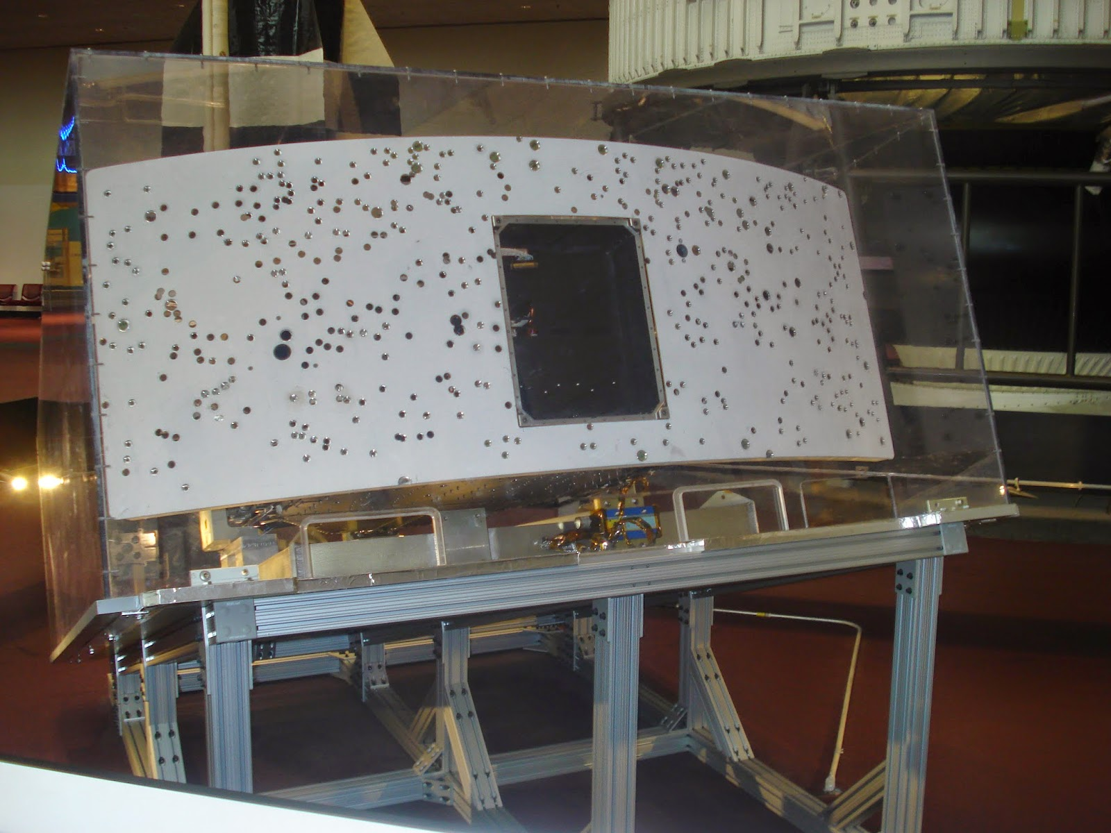 Canadian Space: Visiting Two Pieces of the Hubble Space ...