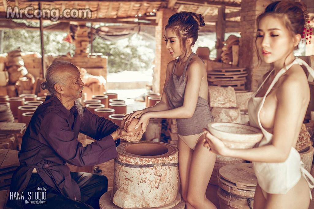 bộ ảnh Thôn Nữ chụp hai người mẫu Việt sexy tại làng gốm