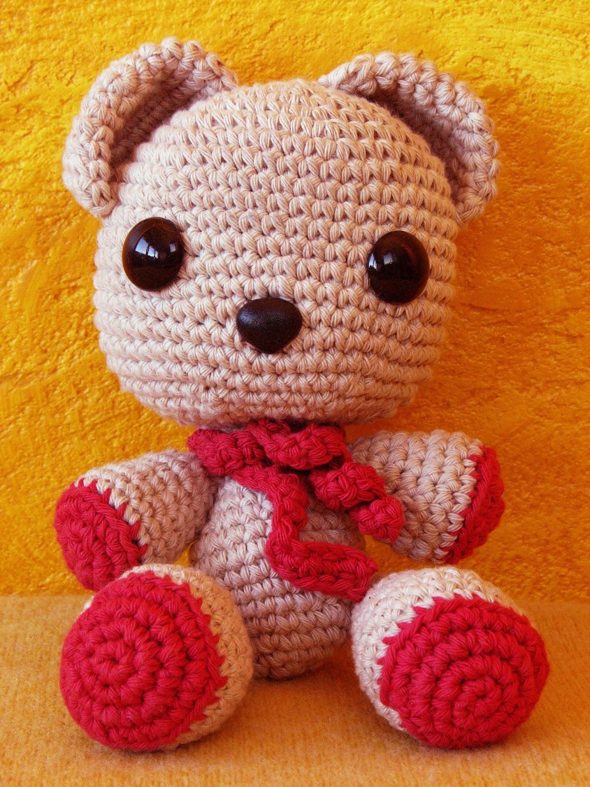Crochet Bear PATTERN - Amigurumi Toy Tutorial - Little Teddy Bear ... | 1600x1200