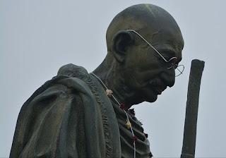 Gandhi jayanti par kavita