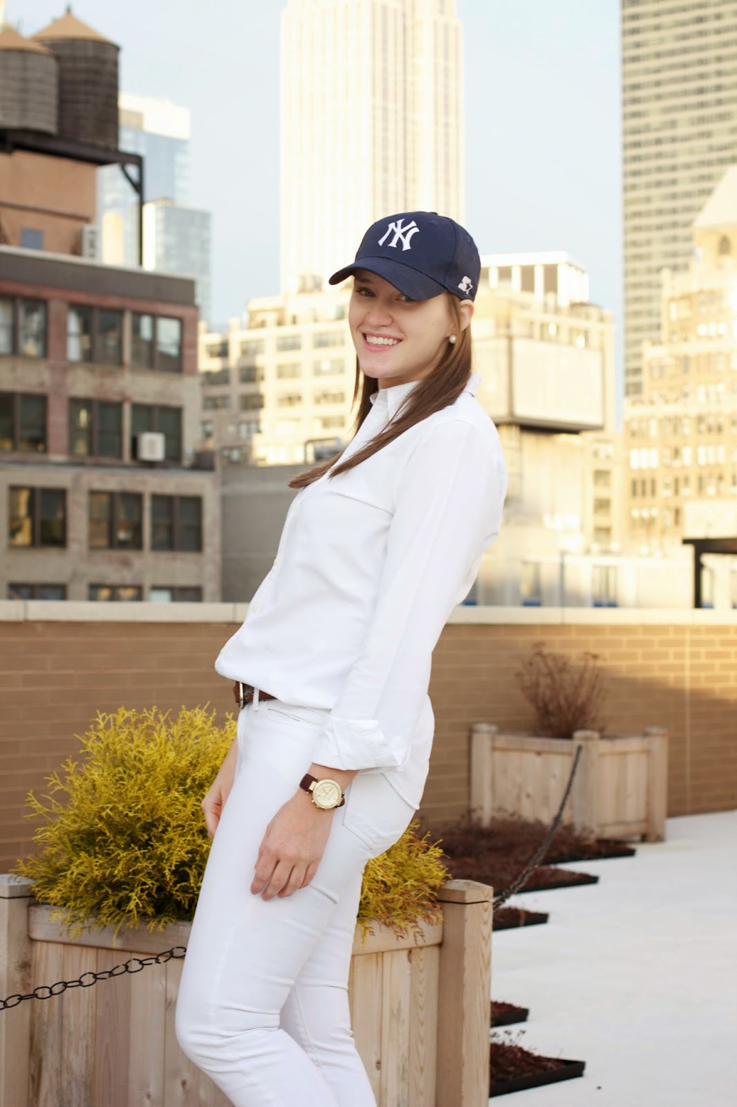 what to wear to a new york yankees game, what to wear to a yankees game