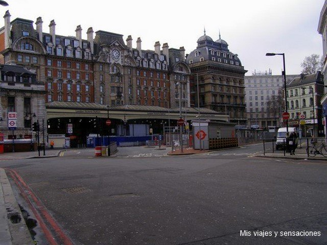 Victoria Station, Londres