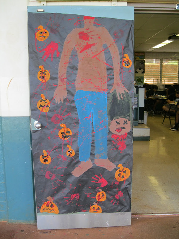 Highlands Intermediate Student Activities Halloween Door