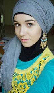Aksesoris Hijab: Anting Hijab
