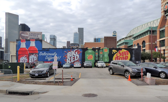 Commercial murals on Hamilton Street / Minute Maid Park District