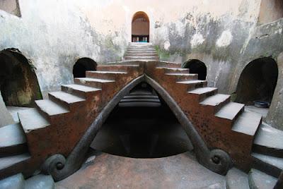 Masjid bawah tanah jogja