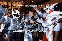 http://4.bp.blogspot.com/-PhUFqatMwxs/VneB9sezkLI/AAAAAAAAFK0/pc7ojRwQD90/s1600/cybercops_backstages_2.jpg