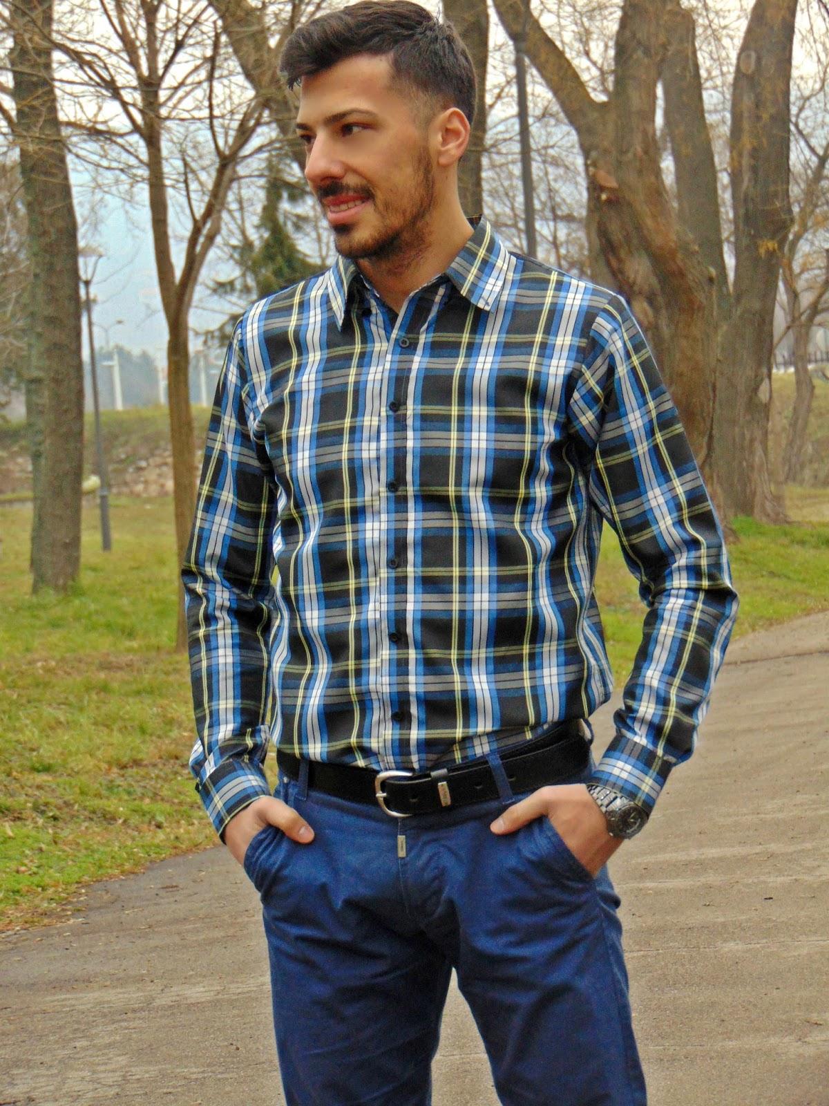 https://www.rosegal.com/mens-shirt/casual-turn-down-collar-classic-color-block-plaid-pattern-long-sleeves-men-s-slimming-shirt-461204.html?lkid=11863099