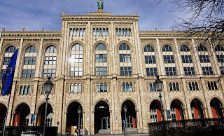 Gmach rządu Górnej Bawarii