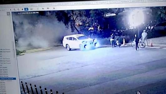 Begini Detik-detik Ledakan Petasan di Parkit Senayan yang Terekam CCTV