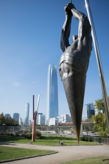 parque das esculturas e costanera center santiago