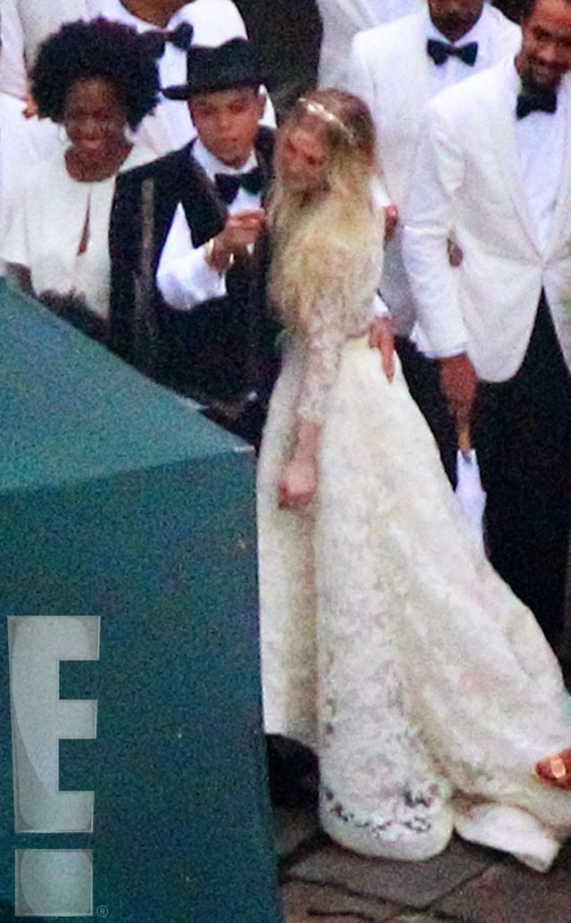The Dress Theory San Diego Ashlee Simpsons Wedding Dress by Houghton Bride