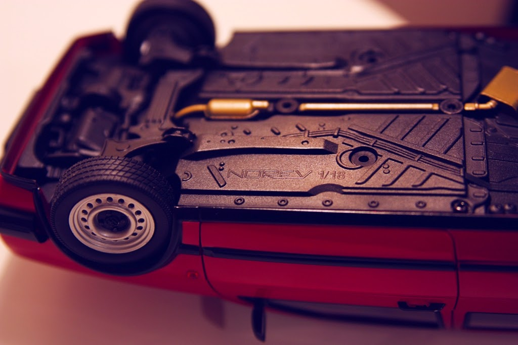 1/18 Norev Volkswagen Golf CL