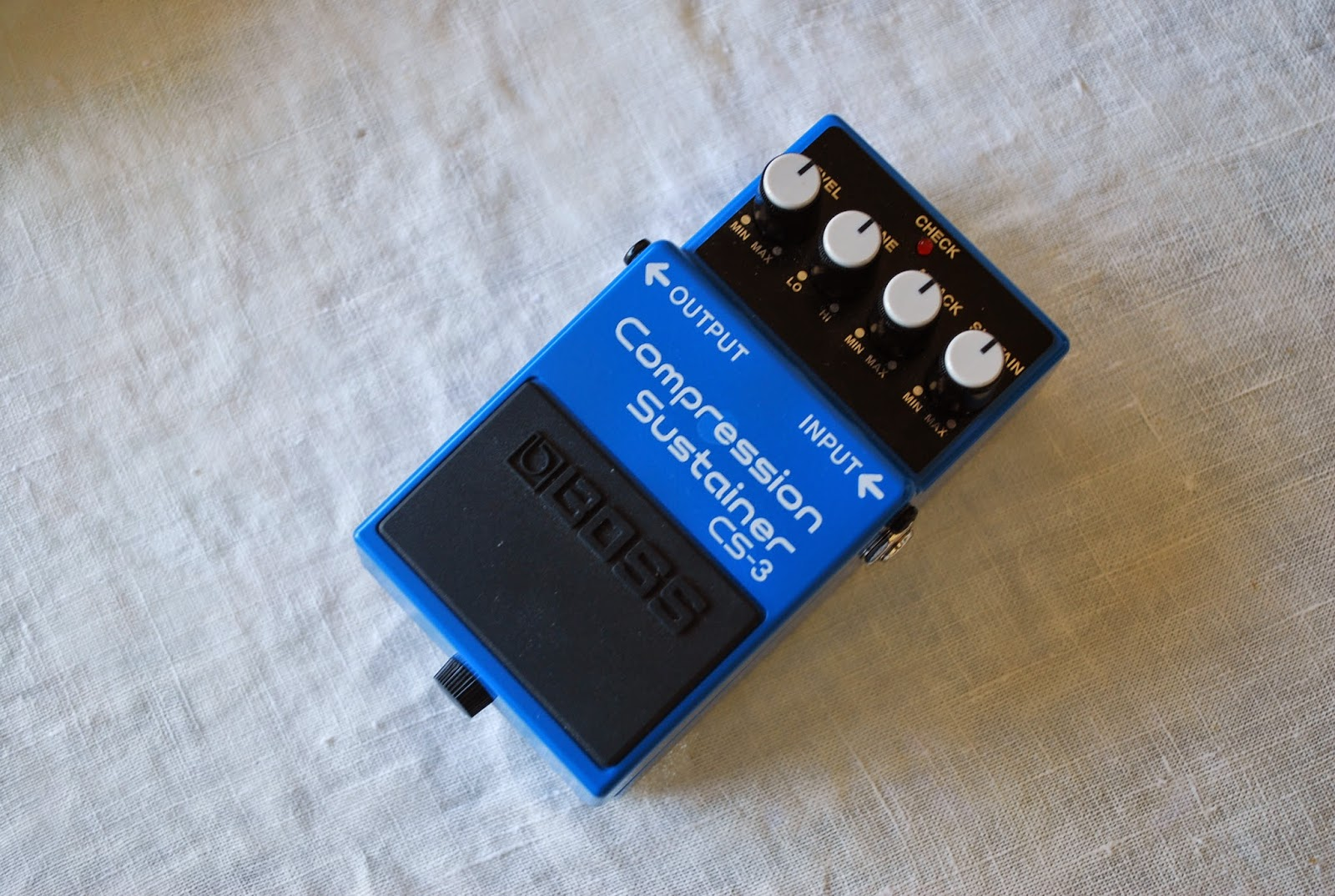 rex and the bass boss cs 3 compressor sustainer guitar effects pedal review. Black Bedroom Furniture Sets. Home Design Ideas