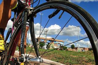 http://vnoticia.com.br/noticia/1347-prova-ciclistica-do-padroeiro-promete-fortes-emocoes-em-sfi