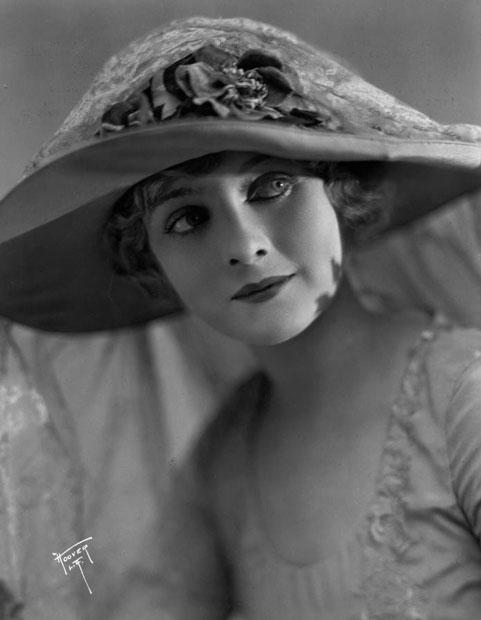 Alice Terry 1923