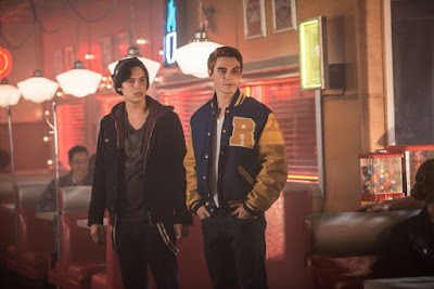 Cole Sprouse and K.J. Apa in Riverdale (8)