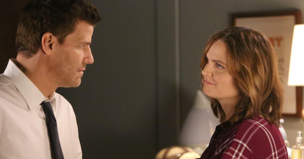 Escena de la pareja protagonista en Bones.