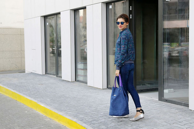 bomber jacket, bomberka, jesienna stylizacja, jak nosić bomberkę, stylistka radzi, stylistka poznań,