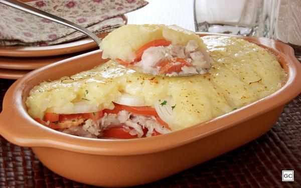 Receita de Merluza gratinada (Imagem: Reprodução/Guia da Cozinha)